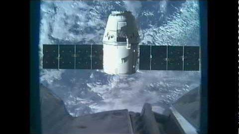 ISS-Crew fängt Dragon ein