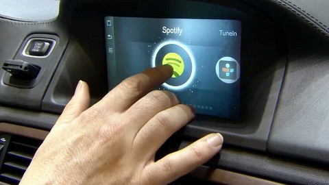 Volvo fährt mit Spotify