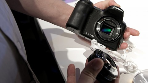 Samsung Galaxy NX - Hands on