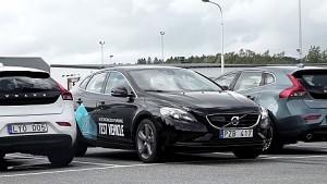 Volvo zeigt selbstparkendes Auto - Herstellervideo