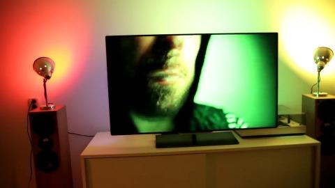 TV Philips Ambilight Und Hue Leuchten Im Duett