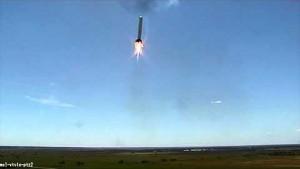 Grasshopper fliegt senkrecht und seitwärts - Space X