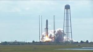 Start der Trägerrakete Antares
