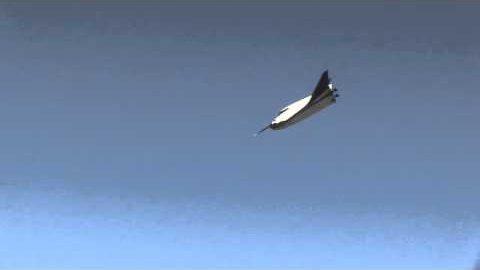 Erster Flug des Dream Chaser - SNC