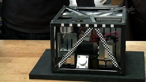 Weltraumroboter Mascot - Test im Fallturm