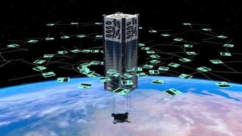Cubesat setzt Minisatelliten aus