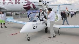 Elektroflugzeug E-Fan von Airbus auf der Ila 2014