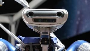DLR zeigt humanoiden Roboter auf der Ila 2014