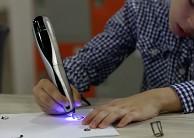 Creopop-3D-Drucker arbeitet mit UV-Licht statt Hitze