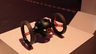 Parrot zeigt Drohnen Rolling Spider und Jumping Sumo