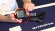 Pistole mit Smartwatch - Armatix