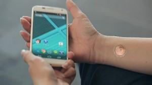 Digitales Tattoo zum Entsperren - Moto X