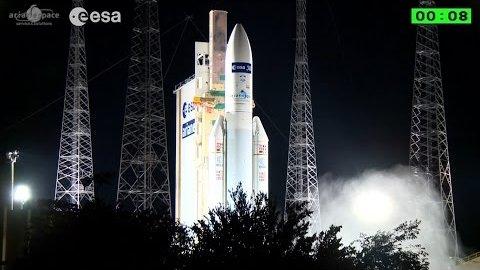 Start der Ariane 5 mit ATV-5 an Bord