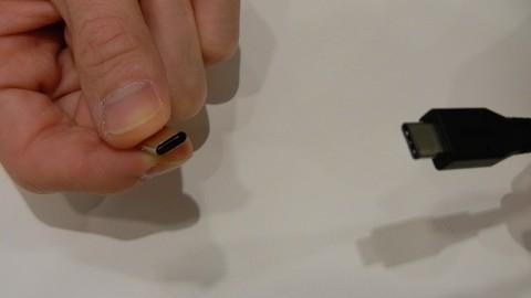 USB Typ C ausprobiert (IDF 2014)