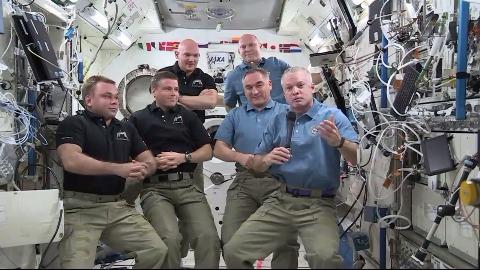 Übergang zur Expedition 41 auf der ISS