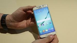 Samsung Galaxy S6 Edge - Hands on (MWC 2015)