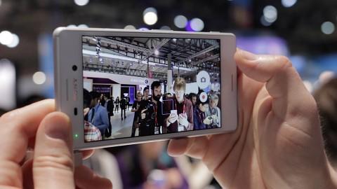 Sony Xperia M4 Aqua - Hands on (MWC 2015)