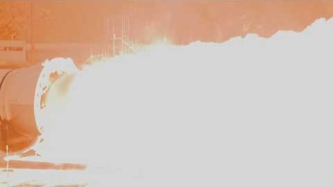 Test des Raketentriebwerks QM-1 - Nasa