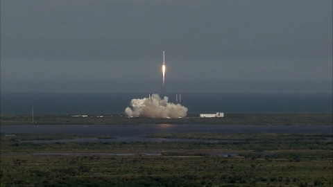 Start von SpaceX CRS-6