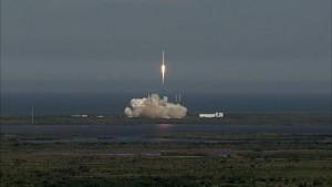 Start von SpaceX CRS-6