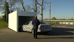 BMW - automatisches Parken (Herstellervideo)