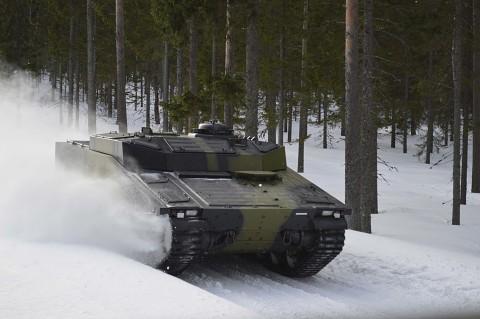 BAE CV 90 - aktive Federung (Herstellervideo)