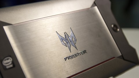 Acer Predator 8 angefasst