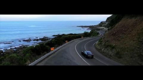 Tesla S sind eine Milliarde Kilometer gefahren - Trailer