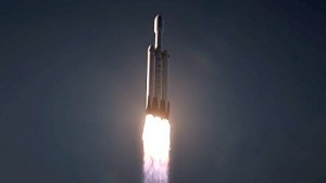Trägerrakete Falcon Heavy - SpaceX