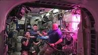 Die ISS-Besatzung isst den ersten Weltraumsalat - Nasa
