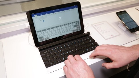 LGs Rolly Keyboard - Hands on (Ifa 2015)