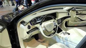Car-Entertainment-Systeme angesehen (IAA 2015)