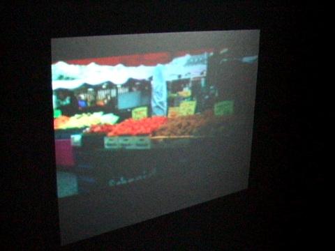 Toshibas DLP-Pico-Projektor - Prototyp in Aktion auf der IFA 2008