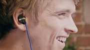 Playstation 4 - In-ear Stereo Headset (Trailer)