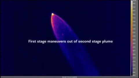 Wärmebild einer Falcon-9 beim Abstieg - Nasa