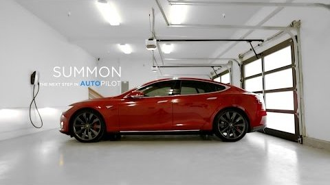 Model S parkt autonom aus mit Summon - Tesla Motors