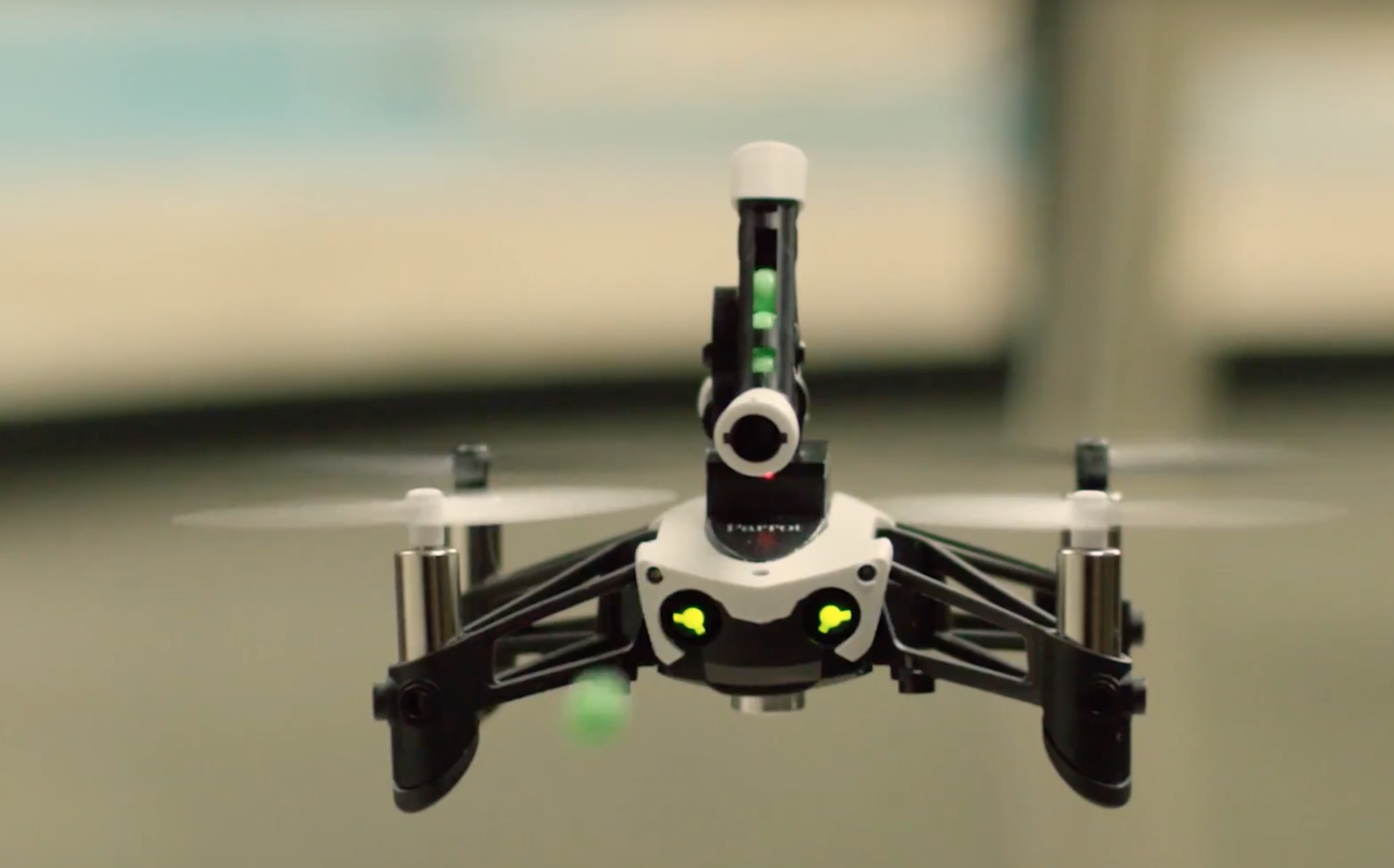 parrot mini drone jumping sumo with Parrot Mambo Herstellervideo on Parrot Mambo Herstellervideo moreover Parrot Minidrones moreover Los Drones likewise Watch furthermore Cargador Parrot Disco 3520410039539 236.