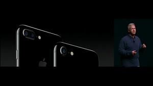 Phil Schiller stellt das iPhone 7 vor