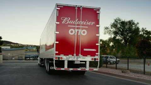 Otto-Lkw liefert Bier autonom aus (Herstellervideo)