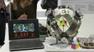 Roboter löst Zauberwürfel in Rekordzeit - Infineon