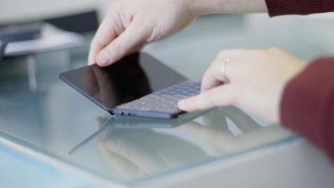 Planet Computing zeigt Gemini PDA - Trailer
