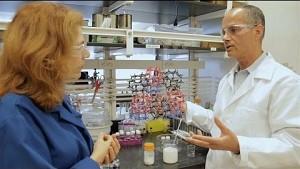 MOF absorbiert Wasser aus der Luft - UC Berkeley