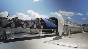 Hyperloop One testet Schlitten und Pod