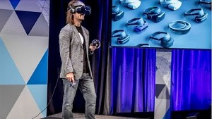Microsoft präsentiert Mixed Reality und Headsets