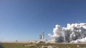 Statischer Triebwerkstest der Falcon Heavy - SpaceX