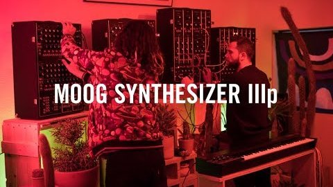 Moog Synthesizer IIIp - Herstellervideo