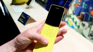 Nokia 8110 4G im Hands on (MWC 2018)