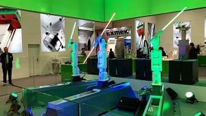 Lichtschwerter-Choreografie auf der Hannover Messe