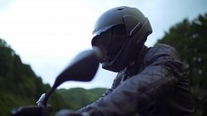 Crosshelmet - Motorradhelm mit HUD und Kamera