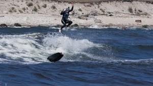Elektrisches Surfboard Rävik - Awake